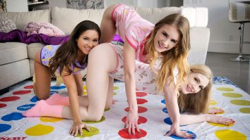 Pussies And Pajamas Zoe Bloom Emma Starletto Natalie Knight